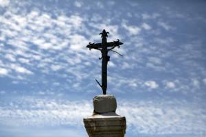 le diacre, est serviteur, à l'exemple du Christ serviteur